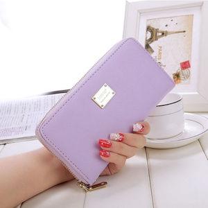 Long wallet with zipper NWOT